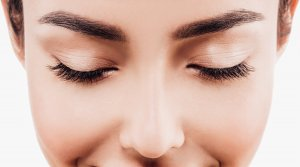 Facial, perfect brows and Lashes bij The Wellness Room
